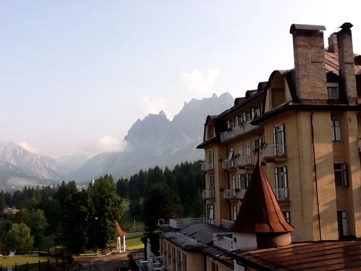 Hotel and Mountains