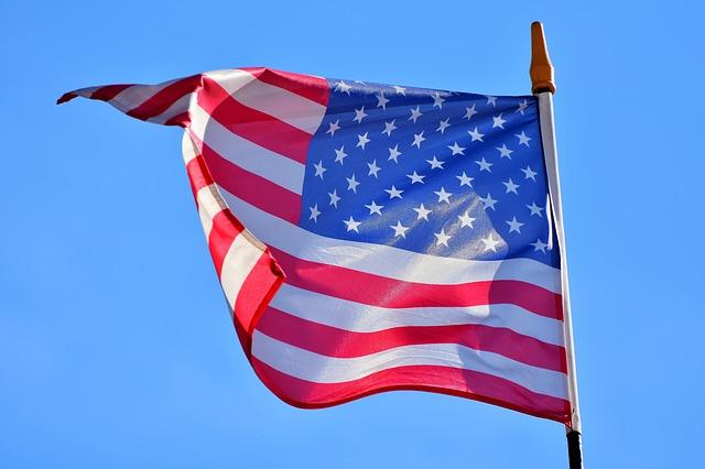 flag-3371279_640